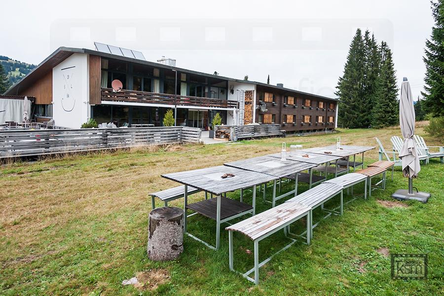 Kerem S. Maurer - Journalismus - Anzeiger von Saanen - Saanenwald Lodge Testphase