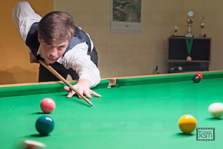 Kerem S. Maurer - Journalismus - Berner Oberländer - Porträt Snooker - Dan Salzmann - Frutigen